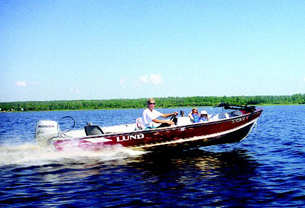 Fishing Resort Boat Rental in Lake of the Woods, MN